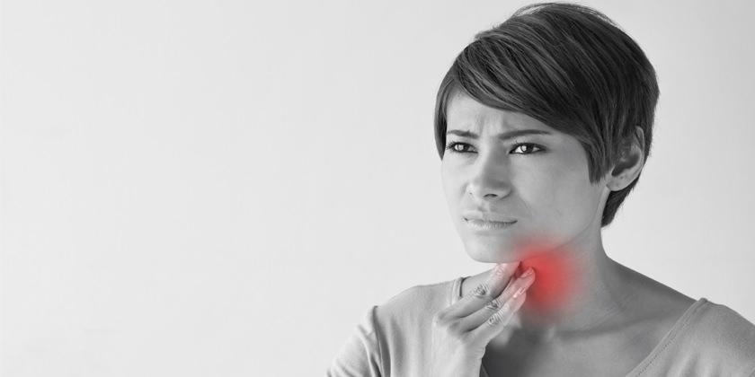 el dolor de la garganta